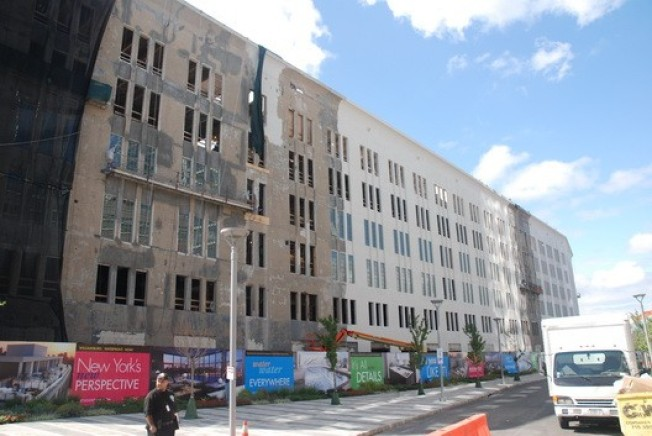 Construction Watch: 184 Kent Gets Paint Job, New Windows