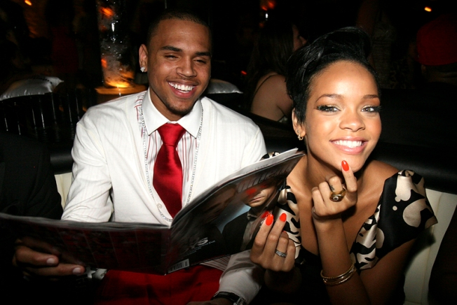 "Rihanna ""Torn"" About Testifying Against Chris"
