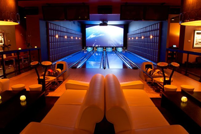 A First Look at Lucky Strike Lanes, Midtown's New Big-Ass Bowling Alley