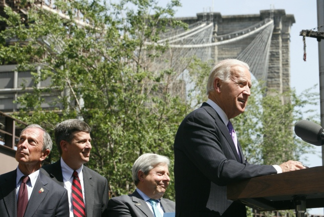 VP Biden on Hand as Repairs Start on Brooklyn Bridge