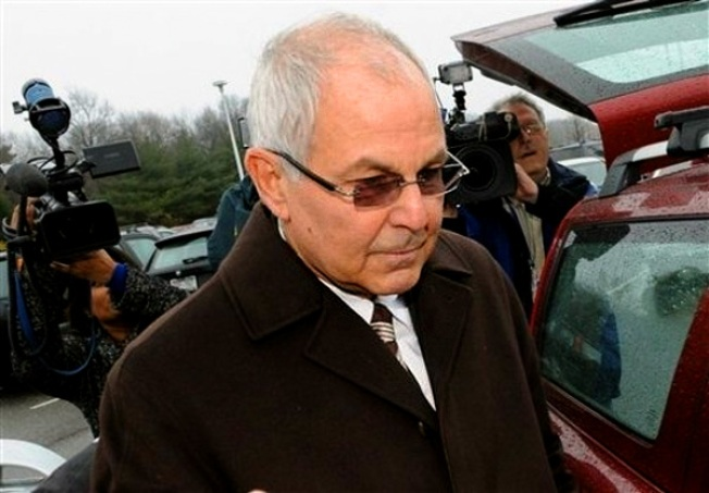 Madoff Brother, Sons Agree to Asset Freeze