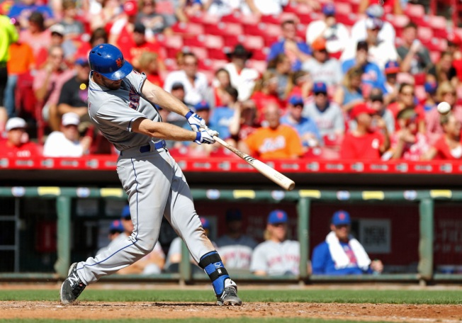 Mets Spank Reds, 8-1, Complete Sweep