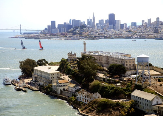 3 Sightless Swimmers Make Trek from Alcatraz to San Francisco
