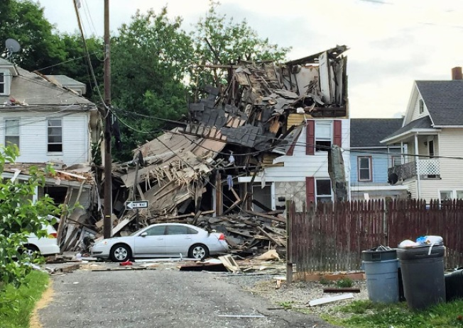 2 Injured in House Explosion in Small NJ Town: Police