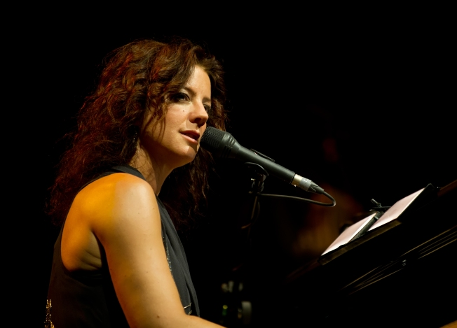 Free Sarah McLachlan Concert at JFK Terminal Today