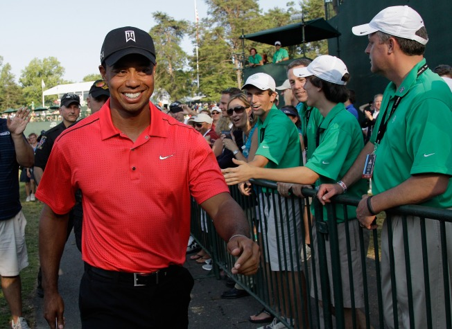 Tiger Woods Squeaks Out Win at Congressional
