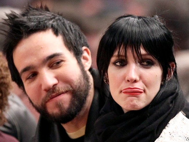 Ashlee Simpson and Pete Wentz Seek Divorce