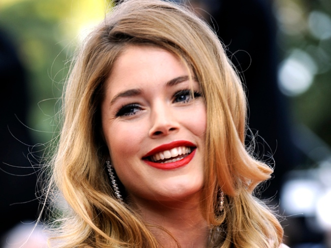 Victoria's Secret Angel Doutzen Kroes Expecting