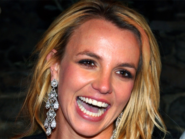 Britney Spears' Manager Tweets New Album News