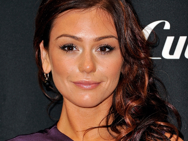"Jenni ""JWoww"" Farley Open To A Valentine's Day Marriage Proposal"