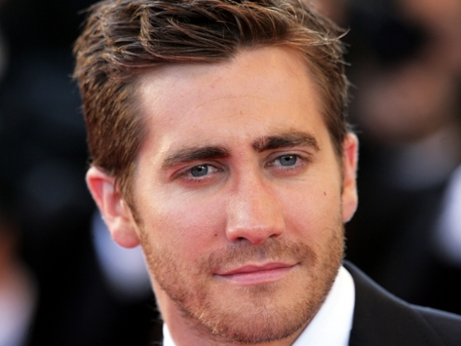 Jake Gyllenhaal Is 'Okay' With New Single Life
