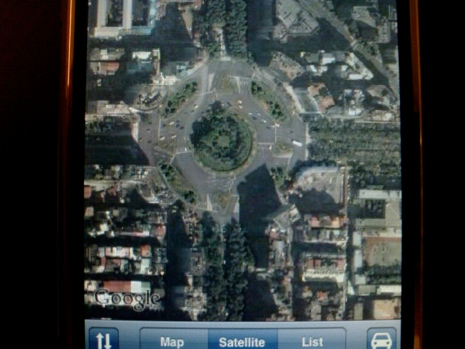 How Apple Could Tell Google Maps to Get Lost