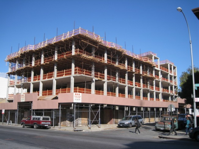 Construction Watch: Union Ave. Building Finally Enlarging