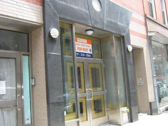 Manhattan Stores Closing Up Shop