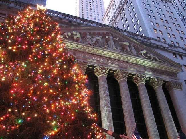 12/7: NYSE Tree Lighting, 1st Annual Winter Beer Fest…