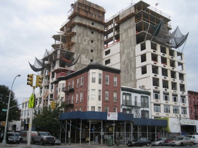 Construction Watch: Argyle Fully Erect in Gowanus