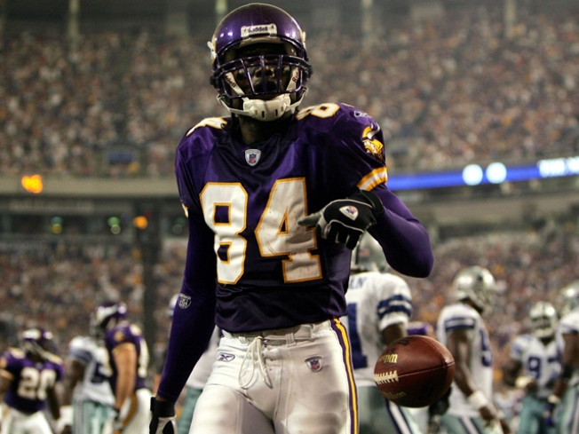 Randy Moss Claimed by Titans; Vikings Regret Trade