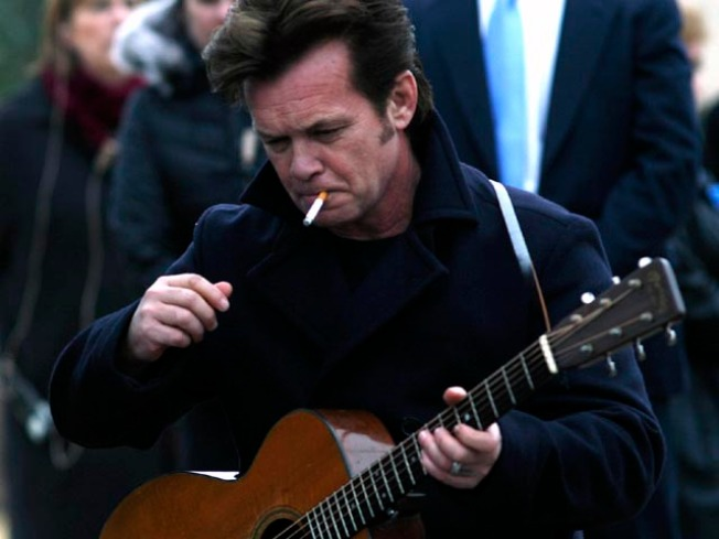 Sign Up on Facebook to Get John Mellencamp to Quit Smoking