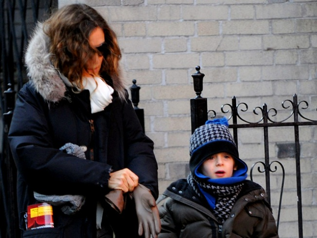 Sarah Jessica Parker Talks Motherhood & A Covered Up 'SATC2' Carrie Bradshaw