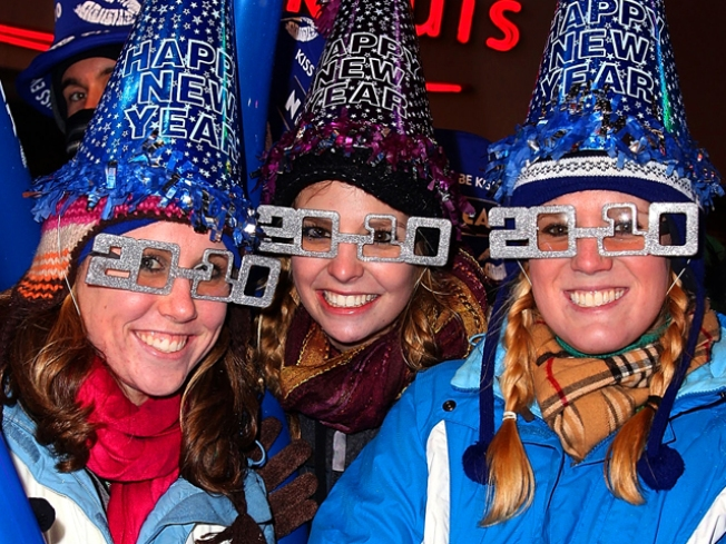 Times Square Revelers Ring in 2010 With Style