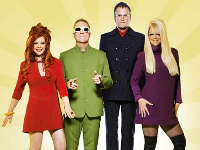 8/18: You + Beach + B-52s = Party