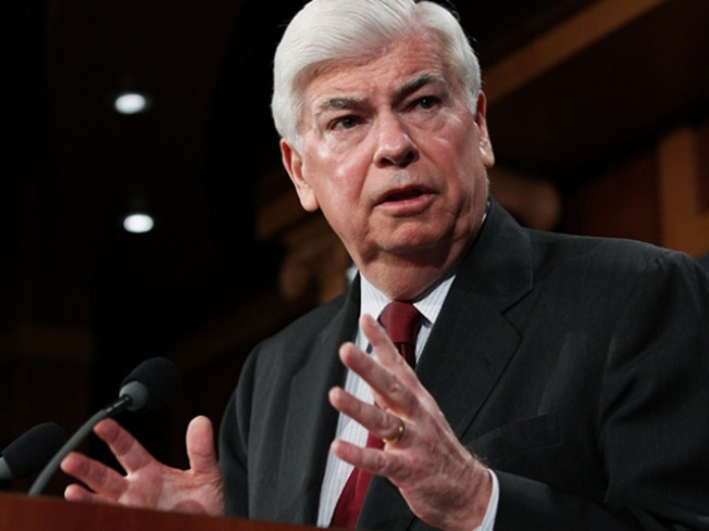 Dodd Backs Out of Wall St. Fundraiser