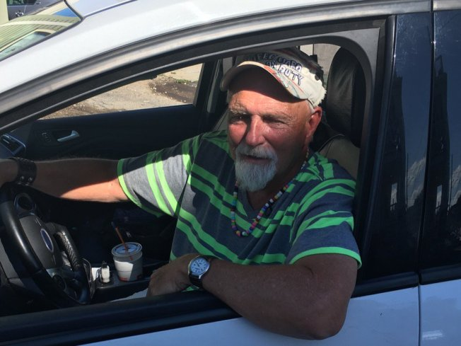 Taxi Driver Who Turned in $187,000 Offered a Free Cruise