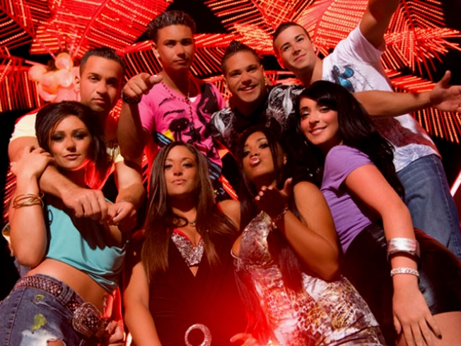 """Jersey Shore"" Cast Signs for Season Two"