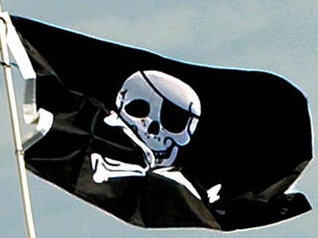 Russian Warship Hunts Somali Pirates