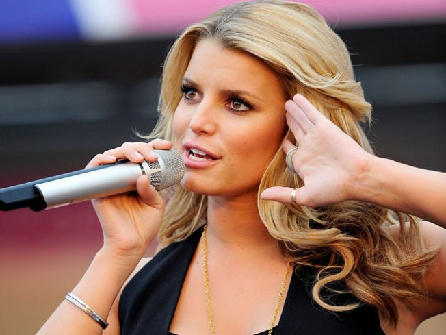 Jessica Simpson: 'Can't Love Someone Else To Change Them'