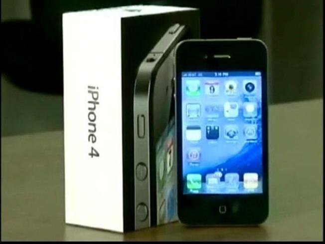 Rumors of a Verizon iPhone Get Louder
