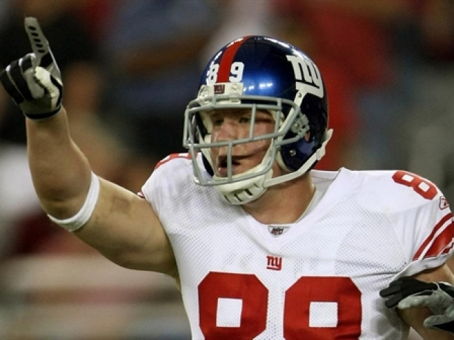 Giants Tight End Kevin Boss Out with Concussion