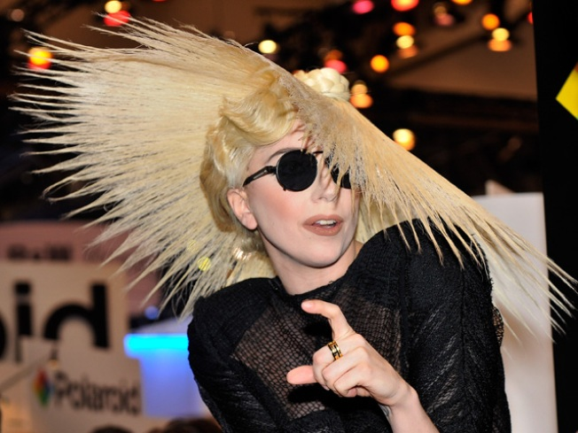 Scoop: Lady Gaga could join Simon on 'X Factor'