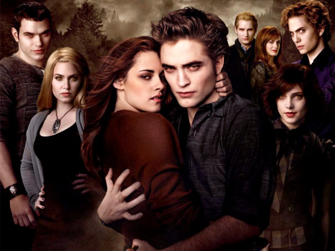 """New Moon"" Breaks Midnight Box Office Record"