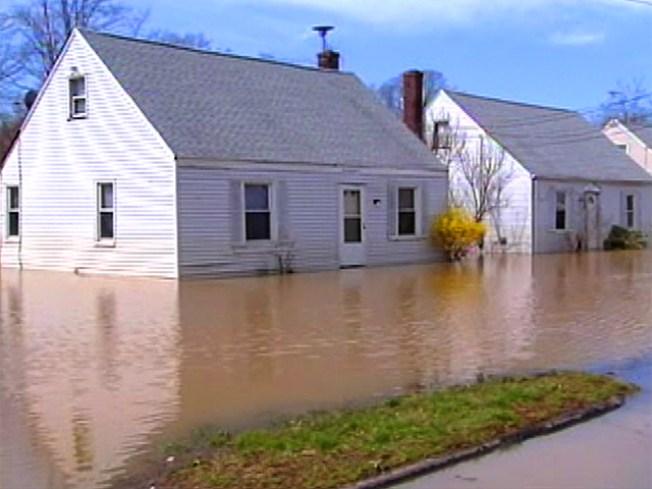 Flooded Long Island Homes Salvageable: FEMA