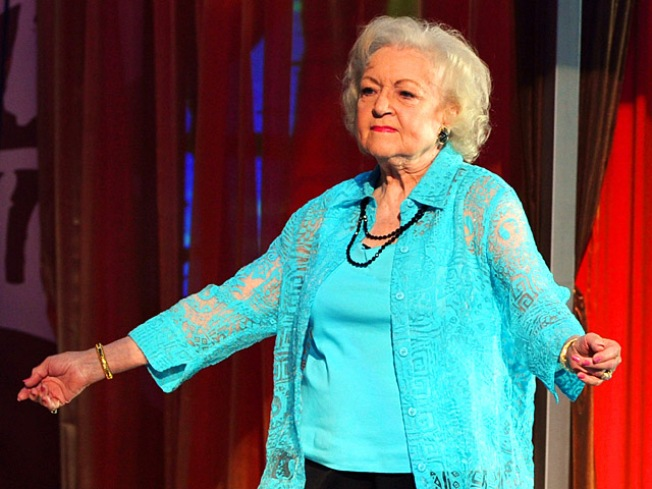 Betty White Wins Emmy for Hosting 'SNL'