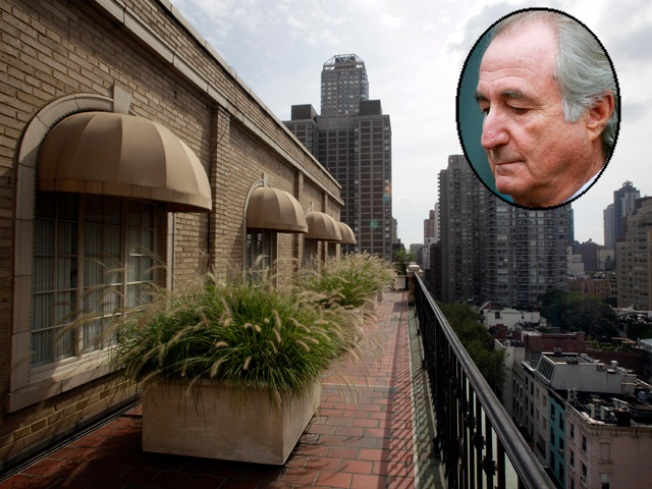 "Sold! ""Cabbage Patch"" Couple Buys Madoff's Plush Pad"