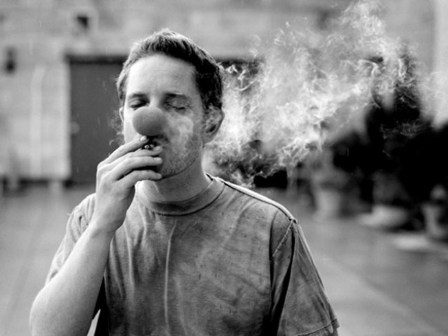 Williamsburg Exhibition Captures Smokers on Camera