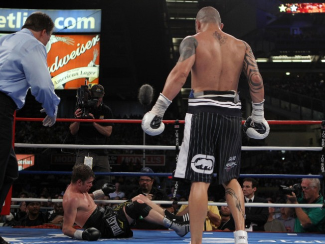 Boxing Returns to Yankee Stadium with a Side Dish of Controversy