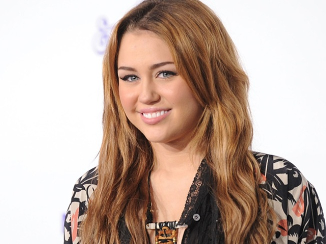 Miley Cyrus Says Her Family Is Good