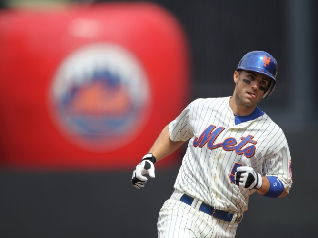 Mets Start Off With a Bang; Beat Marlins 7-1
