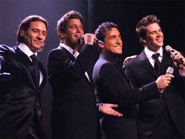 12/16: Il Divo, Joan Rivers & 1970s NYC