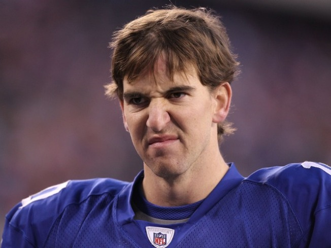 Eli Manning Hits 30 at a Career Crossroad
