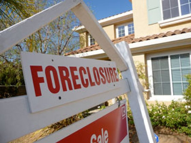 Long Island Still Hard-Hit By Foreclosure Crisis