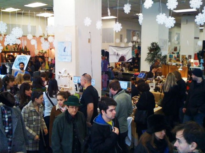 12/23: Gifted Market's Last Shopping Party – With Beer!