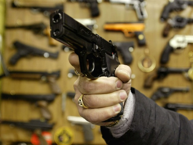 Gun Show Vendors Still Selling to Shady Clients: Report