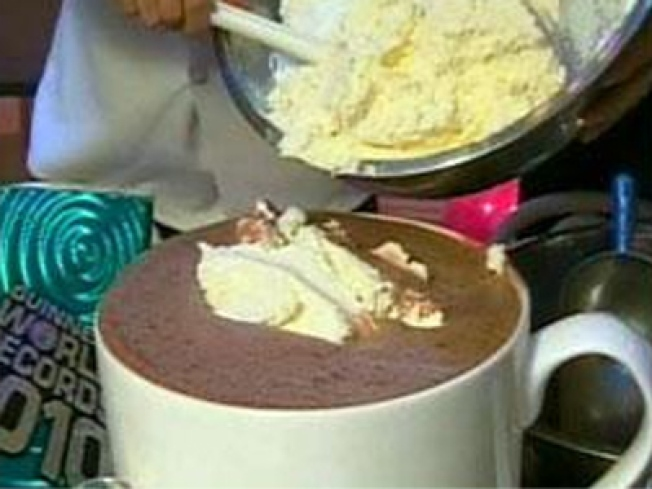 NYC Breaks Record for World's Largest Hot Chocolate