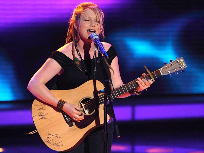 "Crystal Bowersox & Boyfriend Split on Eve of ""Idol"" Finale"