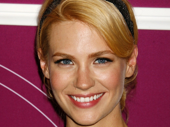 "January Jones Gets ""Mad"" on ""SNL"""