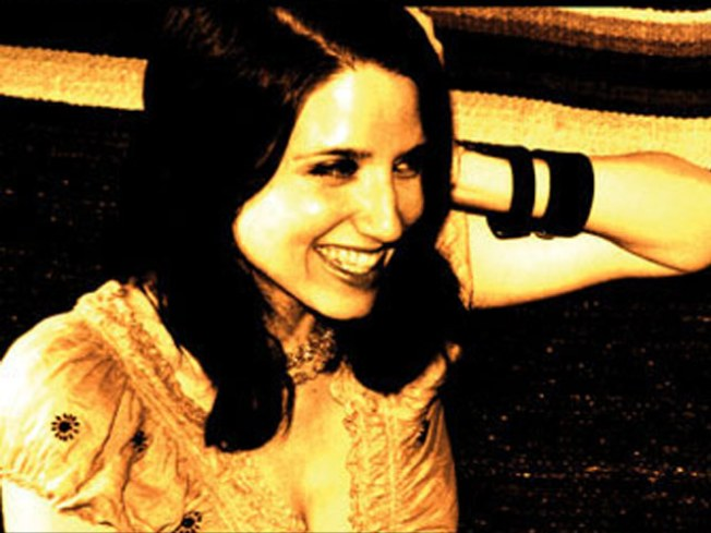 Jolie Holland Does Radio Happy Hour